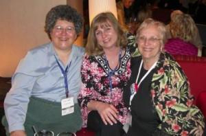 "Bloggers Cynthia Yockey and Debra Heine, aka ""Nice Deb"", and blogger and talk radio host Barbara Espinosa at CPAC 2010."